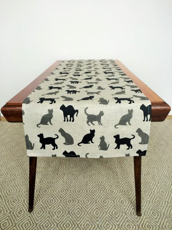 Linen table runner in Funny Colorful Cats Pattern